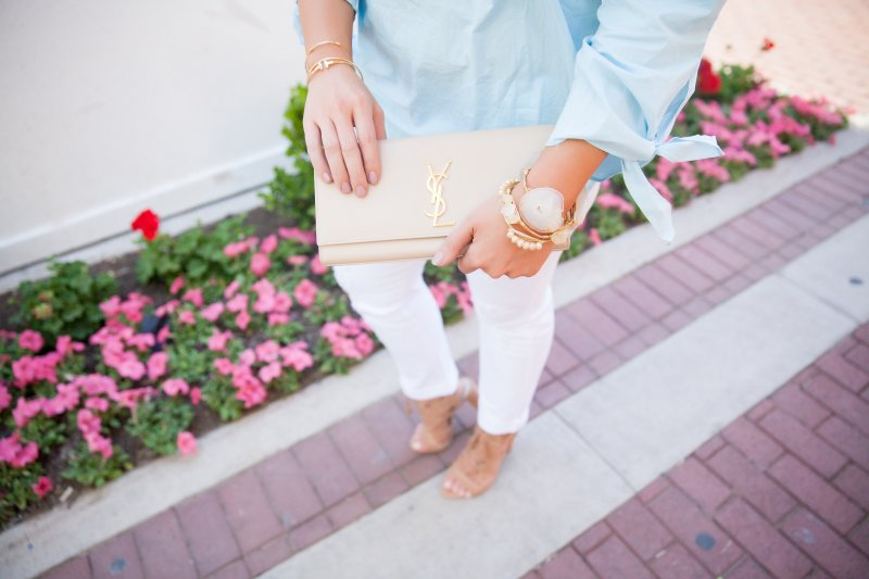 Beige YSL Clutch Arm Party Fashion Blogger
