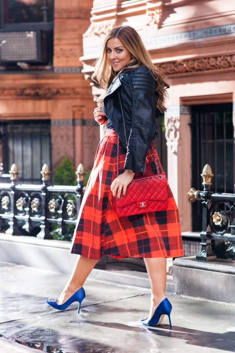 NYFW Fashion Blogger Plaid Kate Spade Skirt Chanel Classic Bag Manolo Carrie Heels