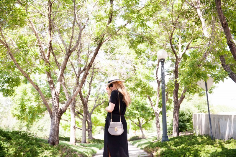how-to-wear-boater-hat-fashion-blogger