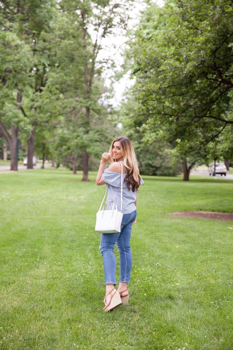blue-striped-top-denver-blogger