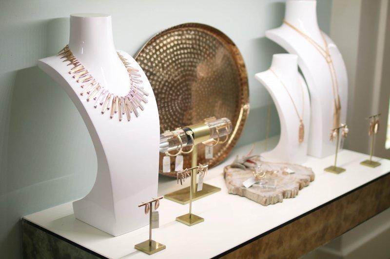 kendra-scott-fall-jewelry-trends