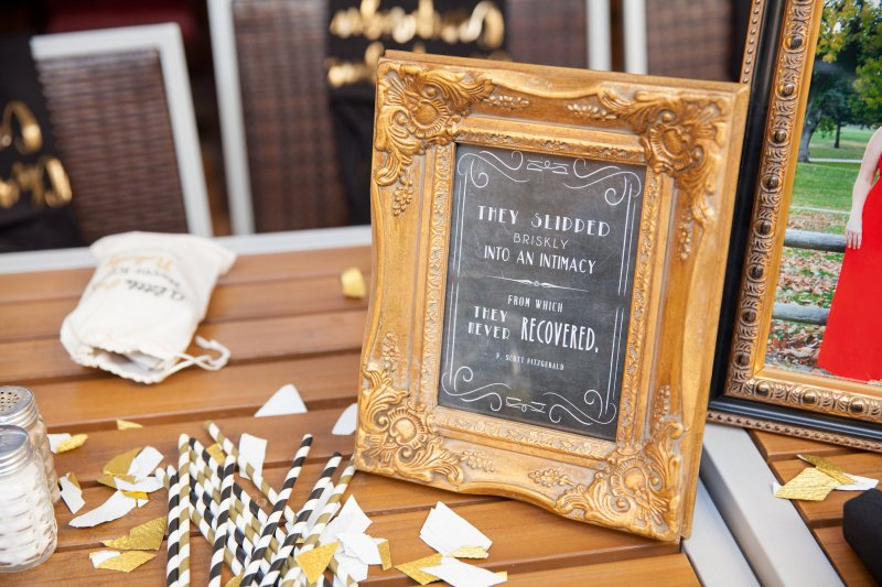 great-gatsby-party-decor