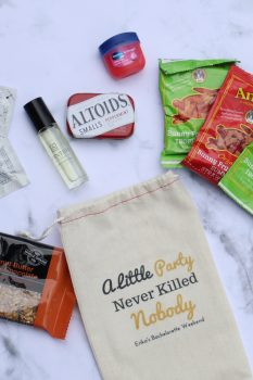 bachelorette-favor-bag-essentials