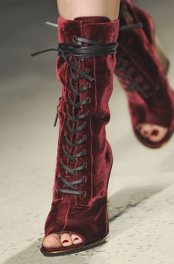 lush-fab-glam-1-com-show-crush-nyfw-fall-2013-shoes-kenneth-cole-velvet-boots