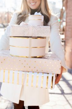 pink-gold-wrapping-paper