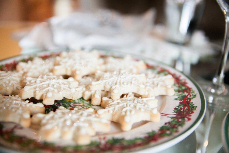 snowflake-sugar-cookies