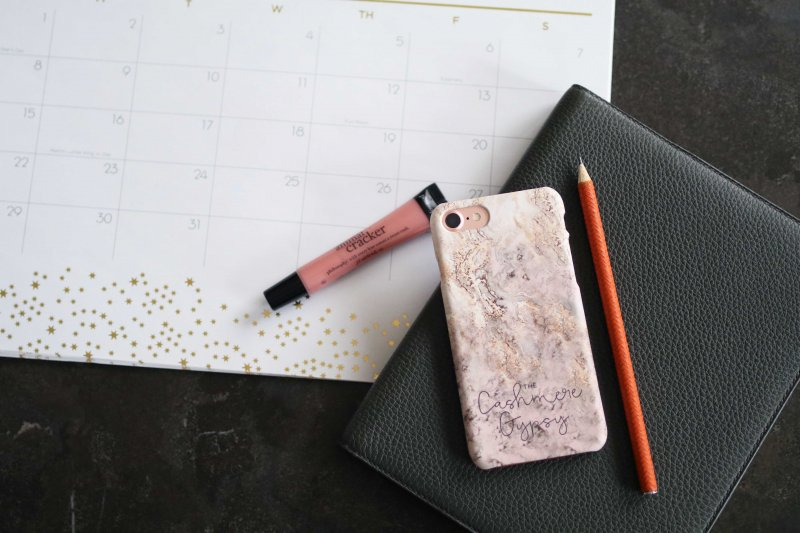 pink-marble-phone-case