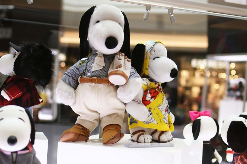 hermes-snoopy-fashion-exhibit