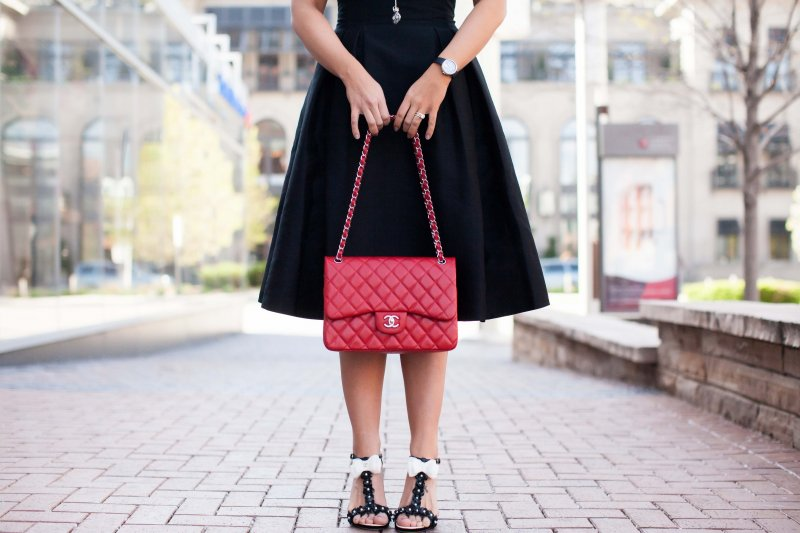 red-chanel-classic-bag