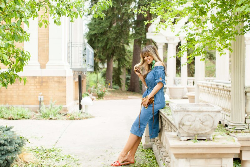 how to style denim dresses