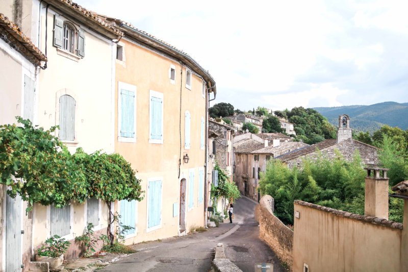 village of menerbes france